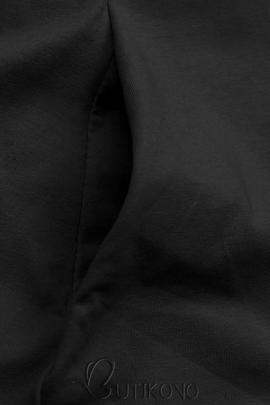 Čierne šaty s motívom tenisiek