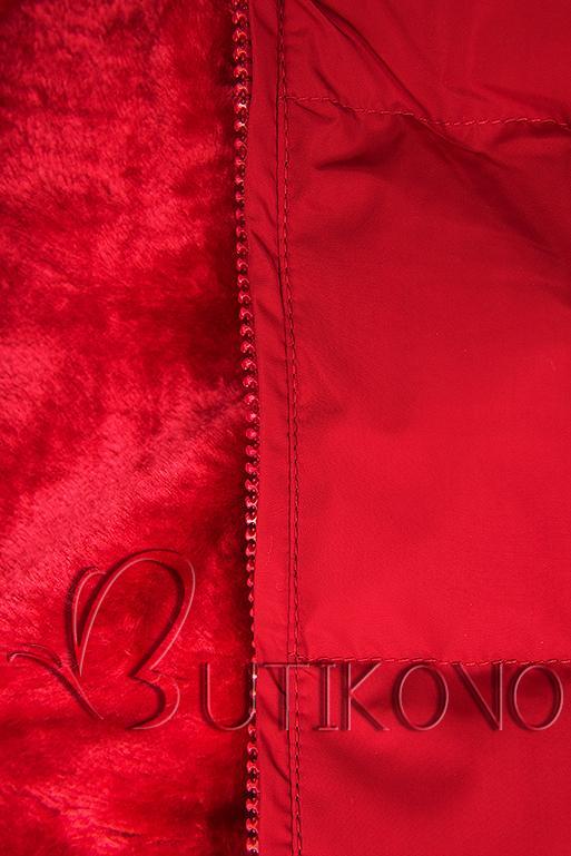 Červená zimná bunda so strieborným lemom