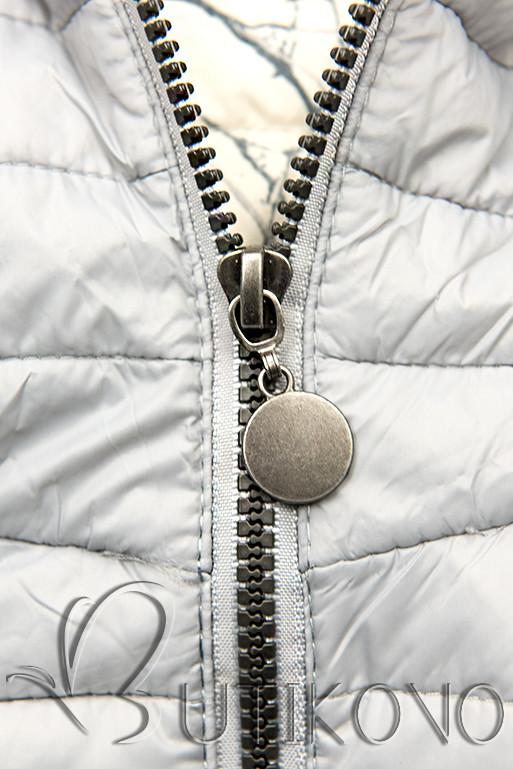 Svetlosivá prešívaná bunda so vzorovanou podšívkou