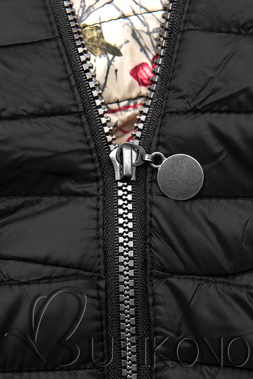 Čierna prešívaná bunda so vzorovanou podšívkou