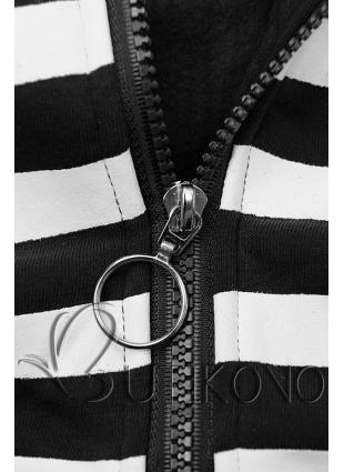 Čierna tepláková súprava s kontrastnou kapucňou