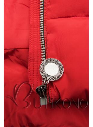 Červená predĺžená bunda s kapucňou